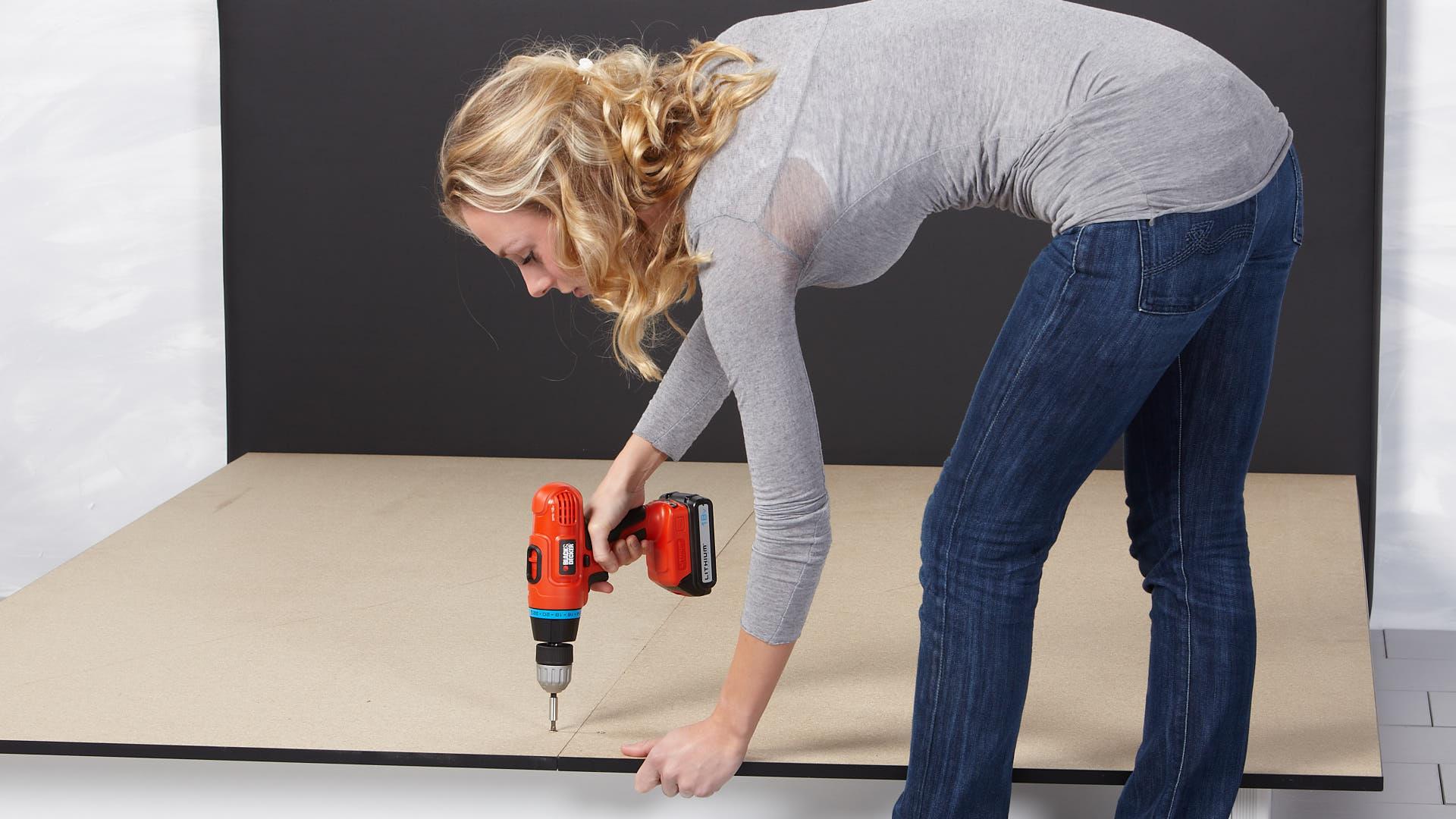 Wasserbett Basic Pro Bodenplatten verschrauben